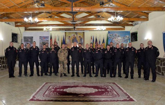 AFGHANISTAN: IL COMANDANTE GENERALE DELL'ARMA VISITA IL TAAC-W