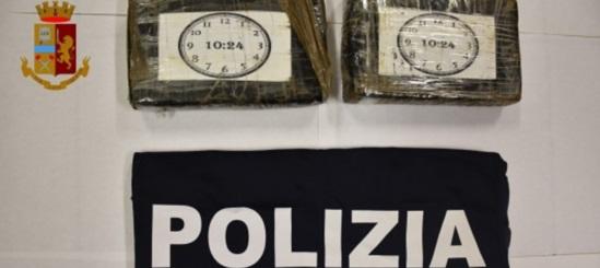 RAGUSA: TRASPORTAVA DROGA IN AUTO, ARRESTATO