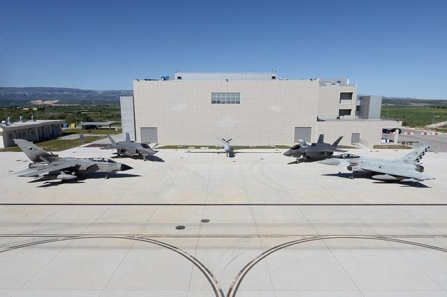 F-35: CONTINUA IL PROCESSO DI CONSOLIDAMENTO DELLE CAPACITÀ OPERATIVE TRA I VELIVOLI DI 4ª E 5ª GENERAZIONE