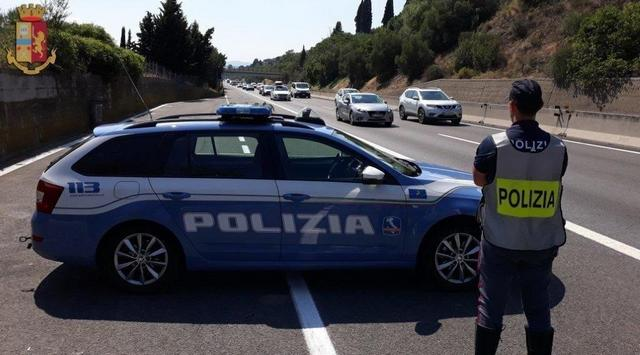LA POLIZIA DI STATO DI AREZZO HA ARRESTATO IN A1 UN SOGGETTO PER FURTO PLURIAGGRAVATO